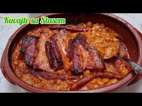 Download Prebranac sa mesnatom slaninom i kobasicama