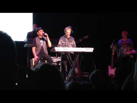 Shades of Gray live - Micky Dolenz and Peter Tork of The Monkees - May 2014