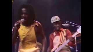 DENNIS BROWN - MONEY IN MY POCKET - LIVE 1979