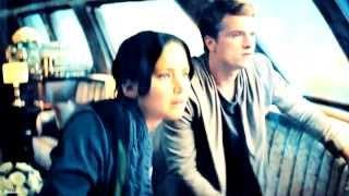 ● Katniss + Peeta   Wolf's Law