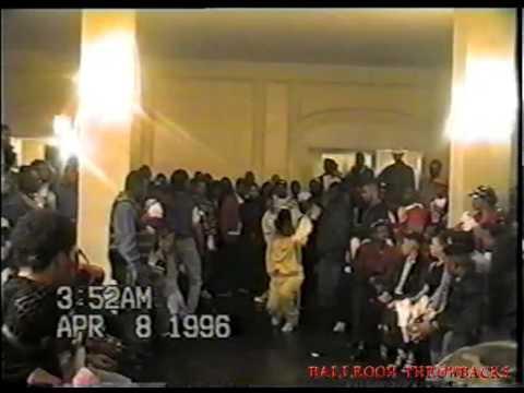 FQ VINTAGE VOGUE ASHLEY ICON &  SANDY DIOR REVLON BALL 96