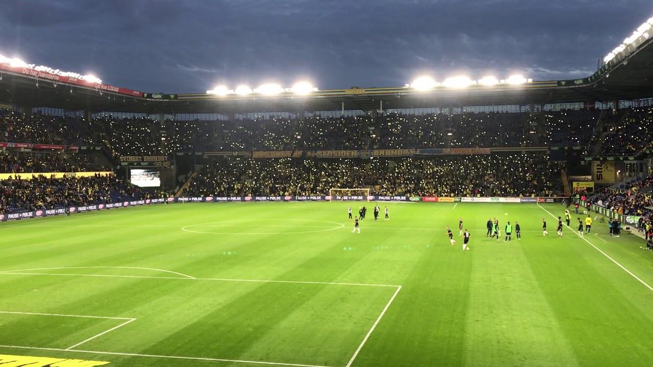 Brøndby stadion - tribute til Kim Larsen