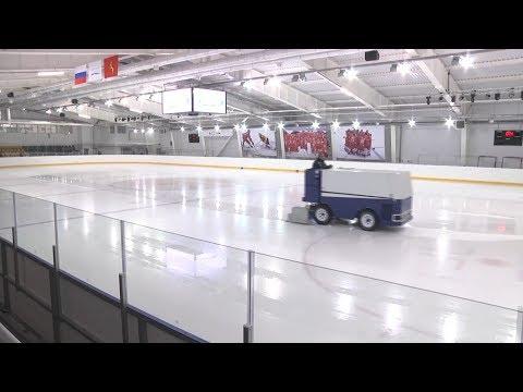 Ледовый дворец Владимир   заливка льда и тренировка