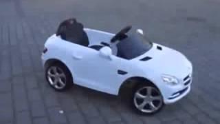 Купить детский электромобиль Mercedes Benz SLK на pushishki.ru(Детский электромобиль Mercedes-Benz SLK являеться копией настоящей машины, выполенной в масштабе 1:4 . Mercedes-Benz SLK..., 2016-01-24T11:16:06.000Z)