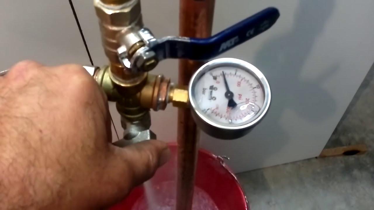 Bomba manual de presi n para comprobar instalaciones de - Bomba manual de agua ...