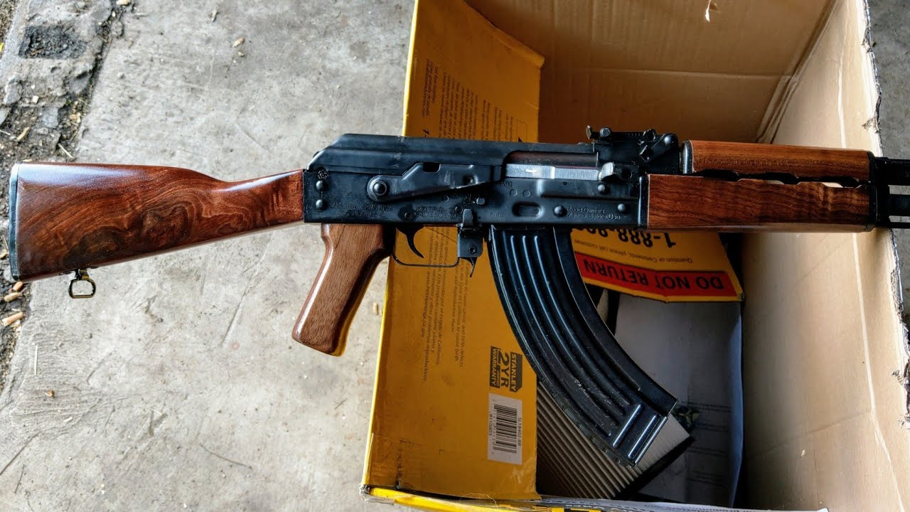 Serbian Zastava ZPAPM70 Ak-47 Part 2: Refinishing that Walnut!