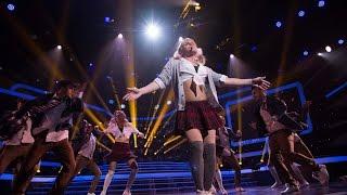 Один в один! Никита Малинин - Бритни Спирс (Baby, one more time)(Третий сезон популярного шоу «Один в один!» - это десять суперхитов, которые на одной сцене вживую исполняют..., 2015-02-15T15:00:00.000Z)