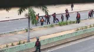 Guardia Nacional Bolivariana golpea y maltratan a joven estudiante en Venezuela