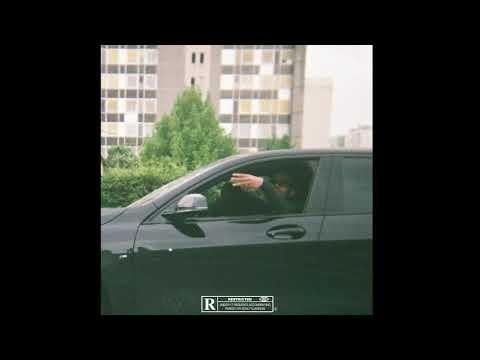 Youtube: TRIPLEGO – MOSCOU (AUDIO)