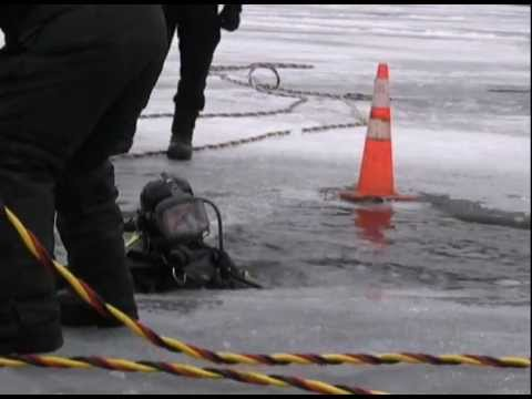 New York State Police ice diving