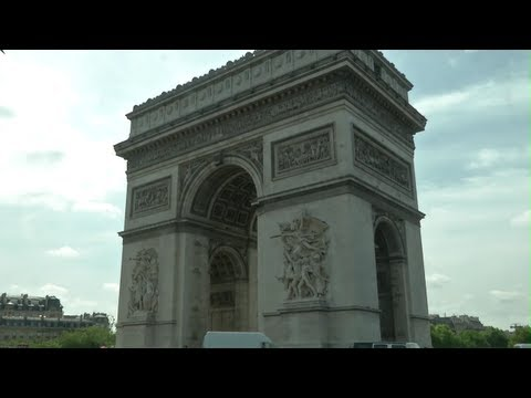 24 Minutes of Paris - The Last Legal Street Race - /LIVE AND LET DRIVE