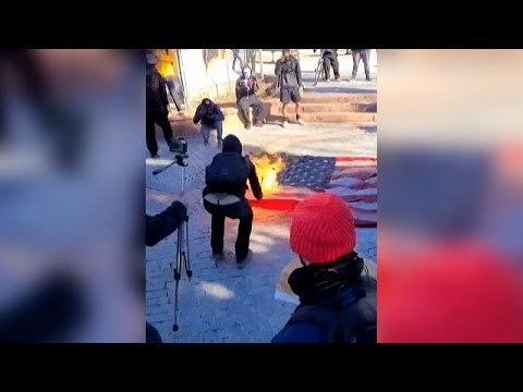 США: протесты против