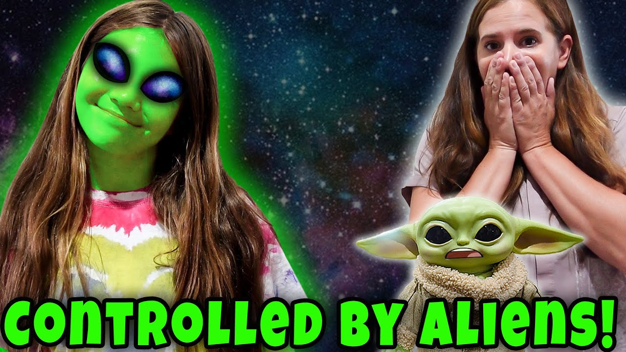 Turning Into An Alien! Aliens in Charge! She's An Alien
