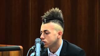 Taglio capelli uomo cresta laterale