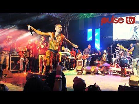 Chris Martin Brings Nairobi To A Stand Still