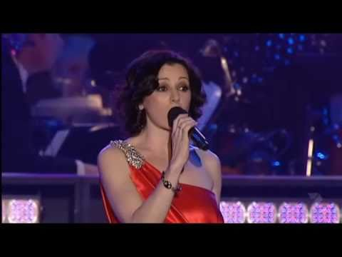 Tina Arena - Silent Night (Live at Carols in the Domain)