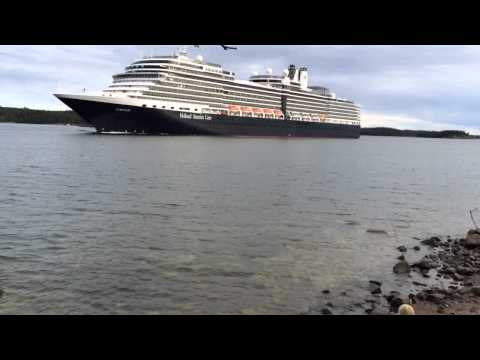 Holland America Line goes wild