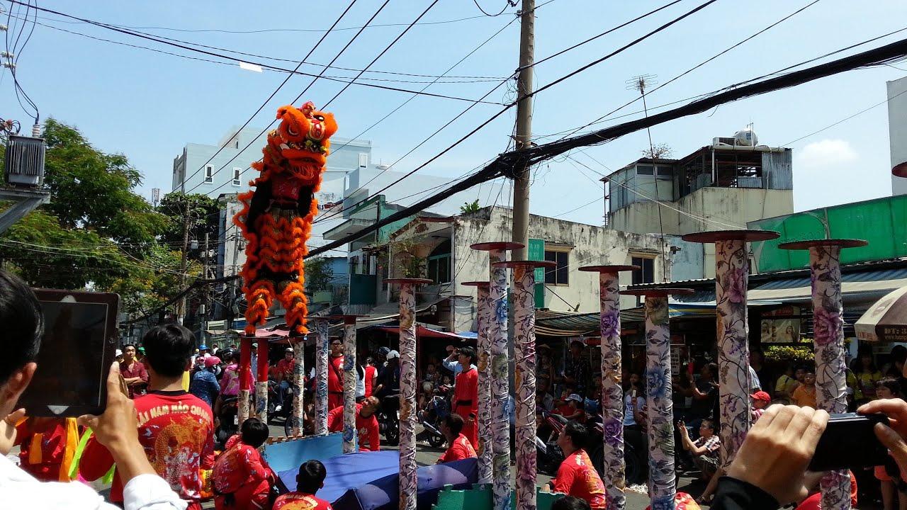 [Múa Lân Sư Rồng] Hào Quang Mai Hoa Thung Mùng 2 2015 ...