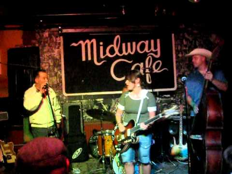 Raging Teens & Deke Dickerson at the Midway Cafe -...