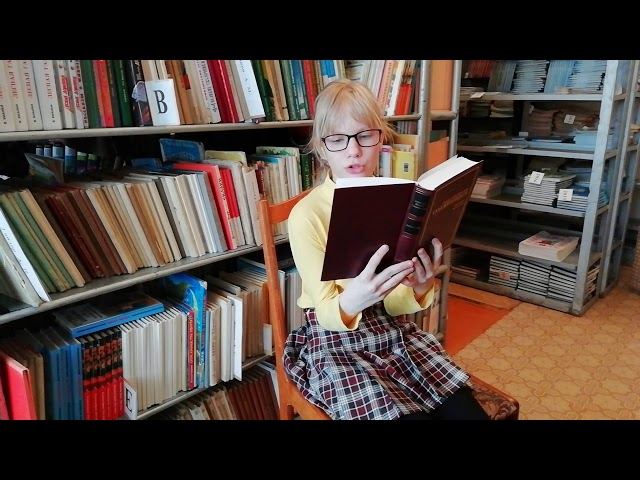 Изображение предпросмотра прочтения – АнастасияЕгорова читает произведение «Крохотки: Утенок» А.И.Солженицына