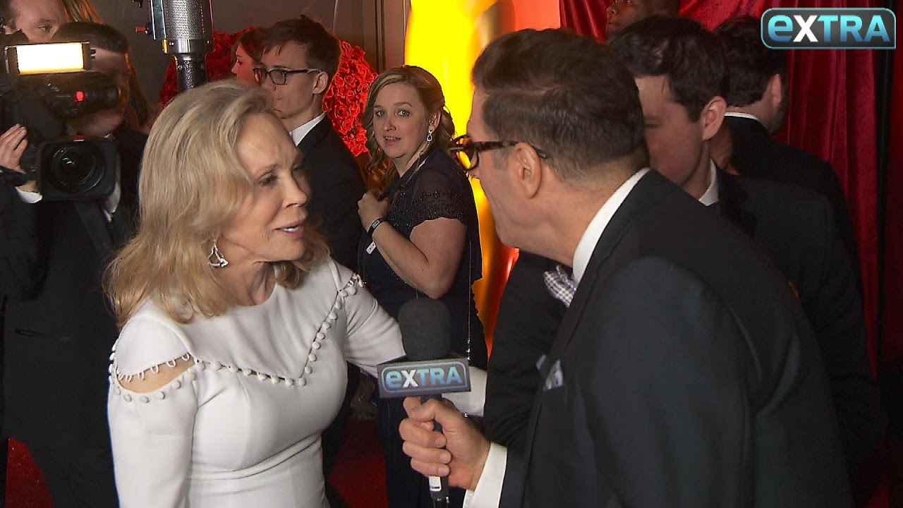 Download Faye Dunaway's Response to Oscars 2017 Snafu: Talk to Warren Beatty