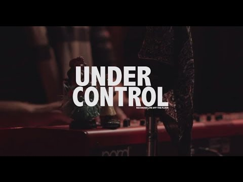 "The Honeyrunners - ""Under Control"" (Small World Sessions)"