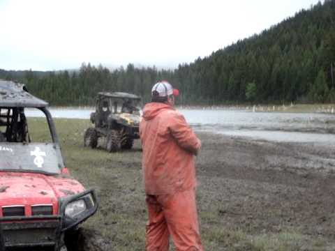 Mpg The Tank 3 Lifted Can Am Commander In Mud