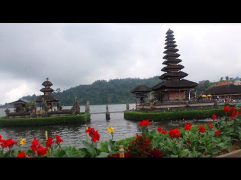Sight-seeing around Bali