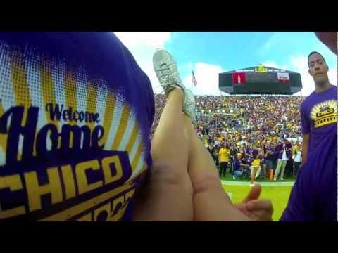 Cheerleader Gets Into the Groove During GameKaynak: YouTube · Süre: 58 saniye