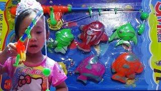 Mainan anak ♥ Mancing Ikan Di Atas Meja Sambil Belajar Berhitung ♥ Fishing Toys Game For Kids