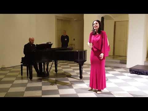 Opera song| Prague, Czech Republic| 11/11/16