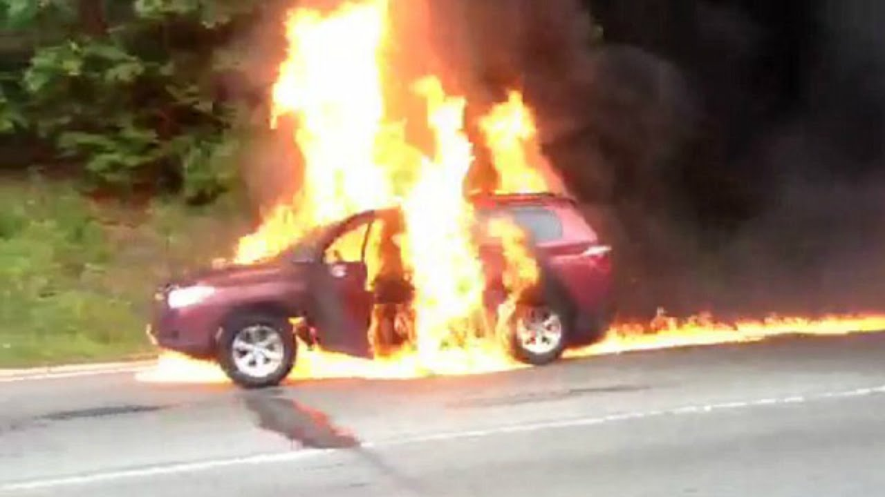 Car on fire on 95 south