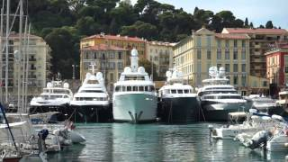 Superyacht mooring in Nice 2/3