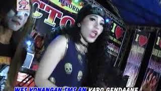 Gambar cover Via Vallen - Goro Goro Sms (Official Music Video)