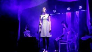 Wyst�p grupy wokalno-teatralnej w 'Oczku'