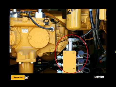 Midsized excavator - Easily test hydraulic ports