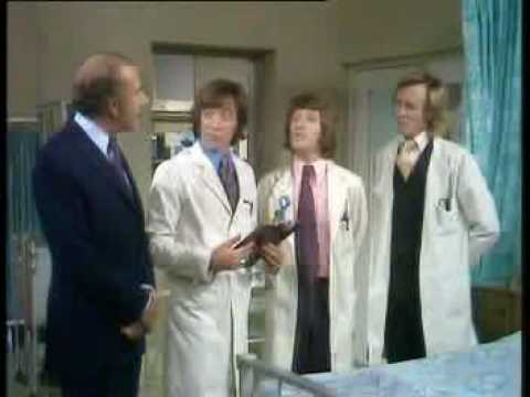 Doctor in Charge (1972) - Loftus introduces the doctors