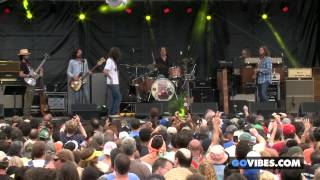 """The Black Crowes performs """"Jumpin' Jack Flash"""" at Gathering of the Vibes Music Festival 2013"""