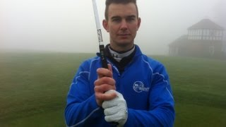 how to hold the golf club correctly