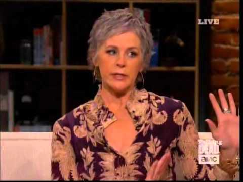 Melissa McBride Talks about Caryl (Carol and Daryl) on The Talking Dead streaming vf
