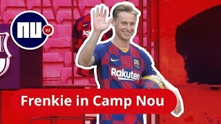 Frenkie De Jong houdt de bal hoog in Camp Nou | NU nl