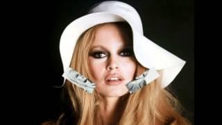 Baixar Les Chakachas - Brigitte Bardot