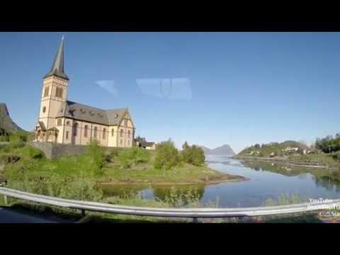 Norwegen Lofoten von Henningsvær nach Svolvær havn AS Rørvikstranda Lofotkatedralen