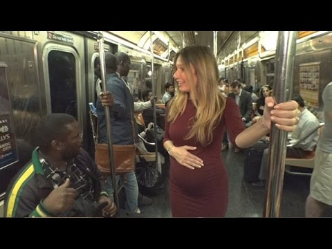 Do New Yorkers Actually Give Their Seat Up For a Pregnant Woman?