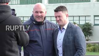 UK: Tommy Robinson appears on court in harassment suit against Cambridgeshire police