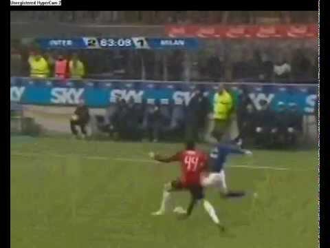 Internazionale two goal vs. AC Milan. Cruz and Cambiasso