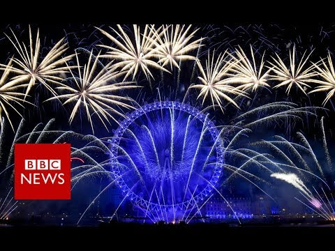 New Year 2019: London counts down to firework display - BBC News