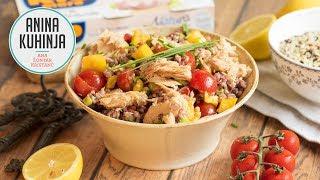 Youtube video Poletna pisana solata s tremi vrstami riža, papriko in tunino