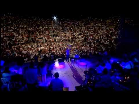 עופר לוי קיסריה יולי 2011 - אתן לך עולם+את צודקת