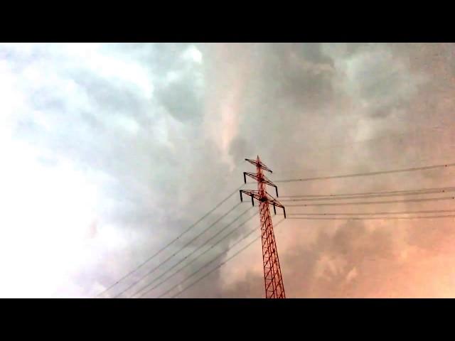 Tornado (oder Downburst) in Hamburg - Harburg / Seevetal?  Hier entsteht er gerade...